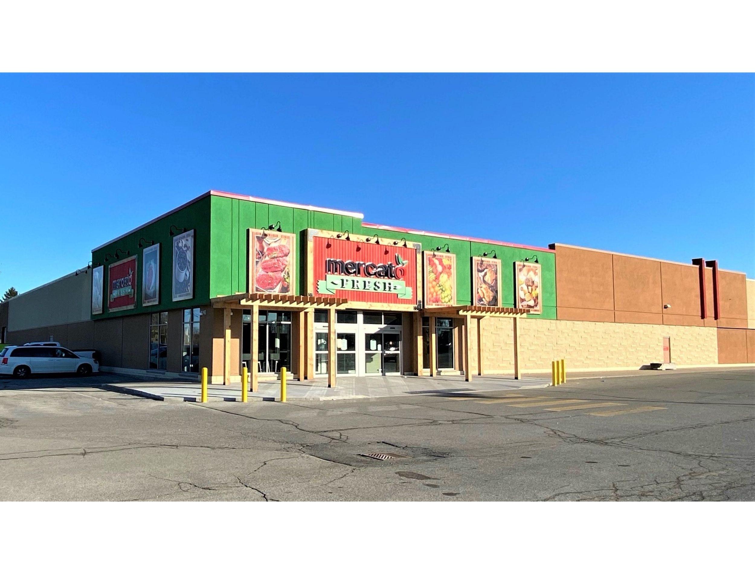 Mercato Fresh Chatham Ontario Exterior