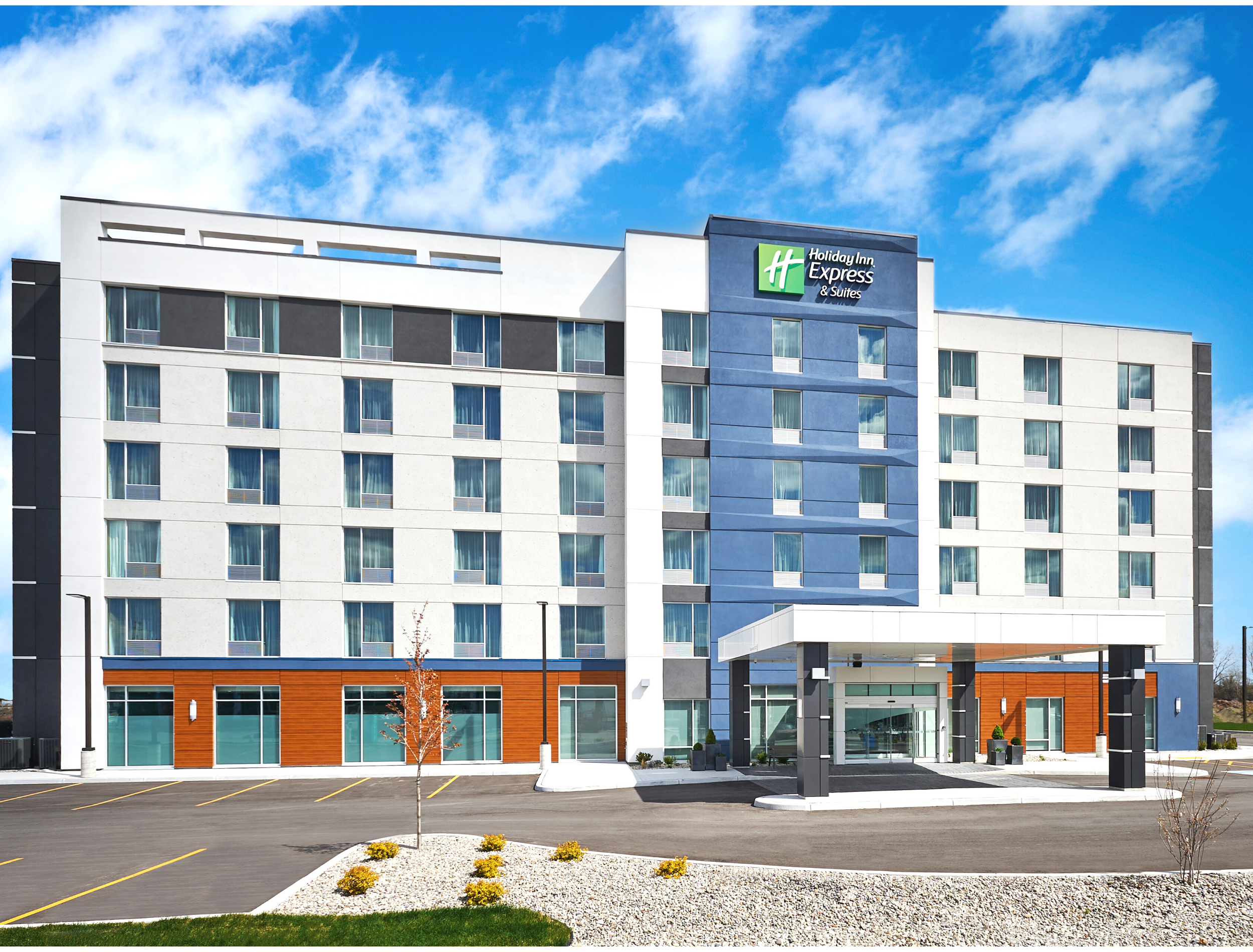 The Holiday Inn Express Hotel, Lakeshore, Ontario